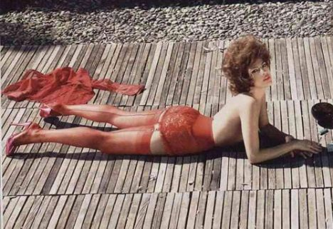 Eva Mendes Vogue'a soyundu - 45